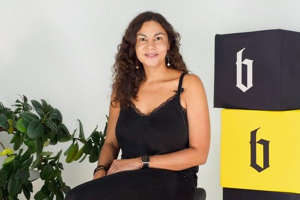 Projektmanagerin und COO Nadine im Blackbit Interview