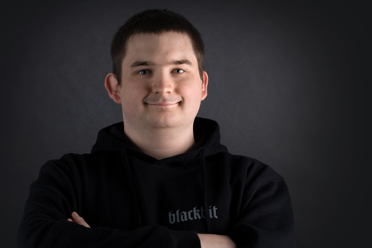 backend pro: Max our newbie at Blackbit